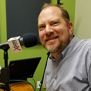 Chad Barnett of Foods 2000 discusses the franchise industry on Valley Business RadioX in Phoenix, AZ