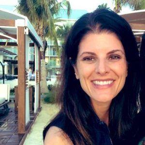 TMBS E104: April Schneider: Teach Children Financial Skills